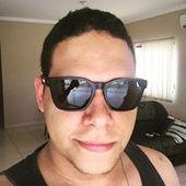 Alex Pinheiro