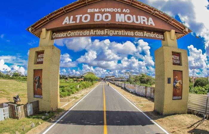 O São João fora do Pátio do Forró. Conheça o polo Alto do Moura, em Caruaru!